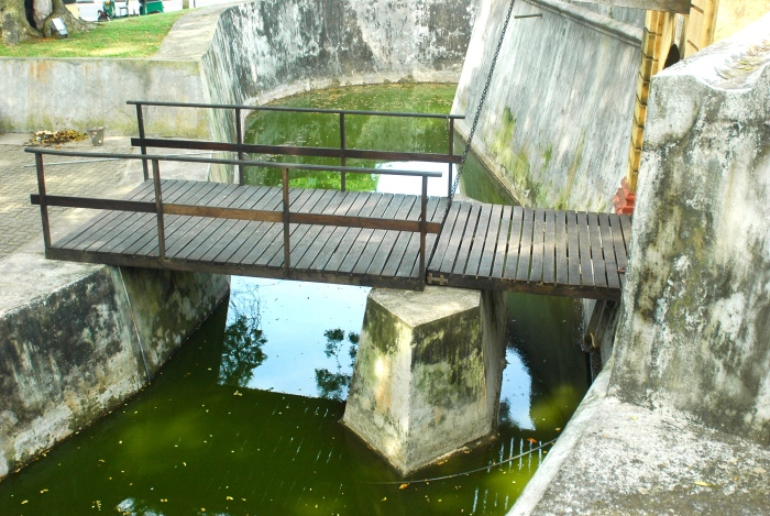 Moat & draw bridge