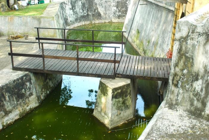 Moat & draw bridge